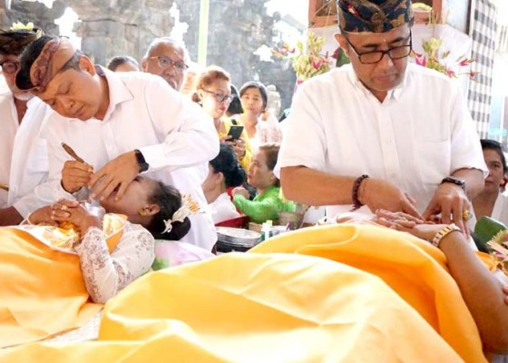 Nusabali.com - metatah-massal-di-griya-tegal-jingga-denpasar