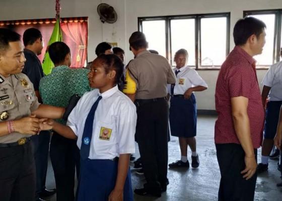 Nusabali.com - kapolres-badung-tatap-muka-dengan-siswa-papua