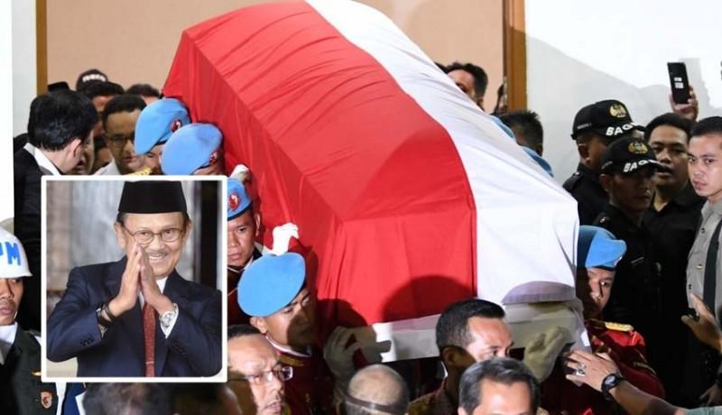 www.nusabali.com-habibie-wafat-indonesia-berkabung-nasional-3-hari