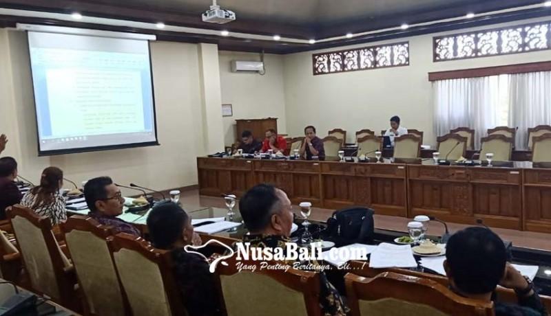 www.nusabali.com-penyusunan-tatib-dprd-bali-alot
