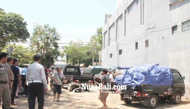 www.nusabali.com-direlokasi-jumlah-pedagang-bermobil-membengkak