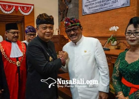 Nusabali.com - pimpinan-dprd-kota-denpasar-periode-2019-2024-dikukuhkan