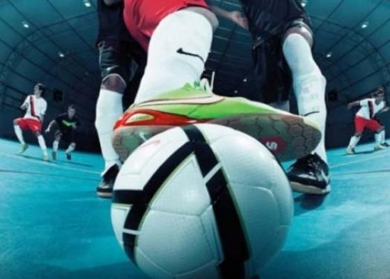 Nusabali.com - futsal-porprov-ricuh-satu-pemain-diamankan