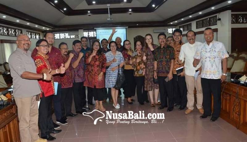 www.nusabali.com-setelah-disodok-tim-ahli-rasa-dewan-jadi-rajin