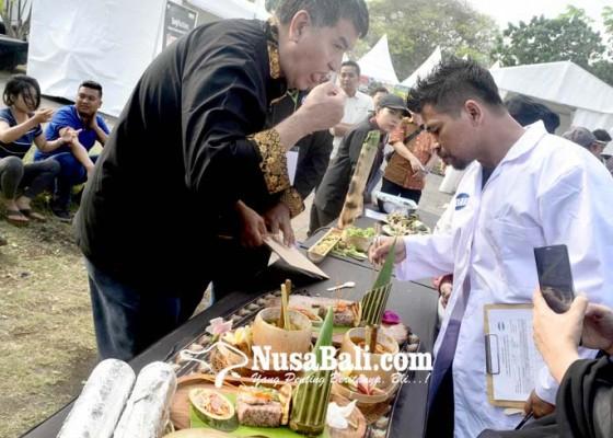 Nusabali.com - promosikan-kuliner-nusantara-lewat-festival-jajanan-pasar