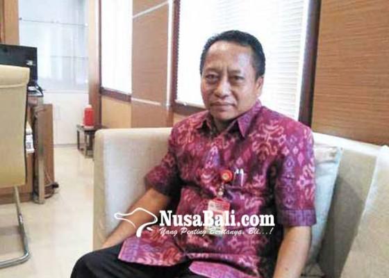Nusabali.com - bank-pasar-salurkan-kredit-rp-100-juta-bagi-perangkat-desa