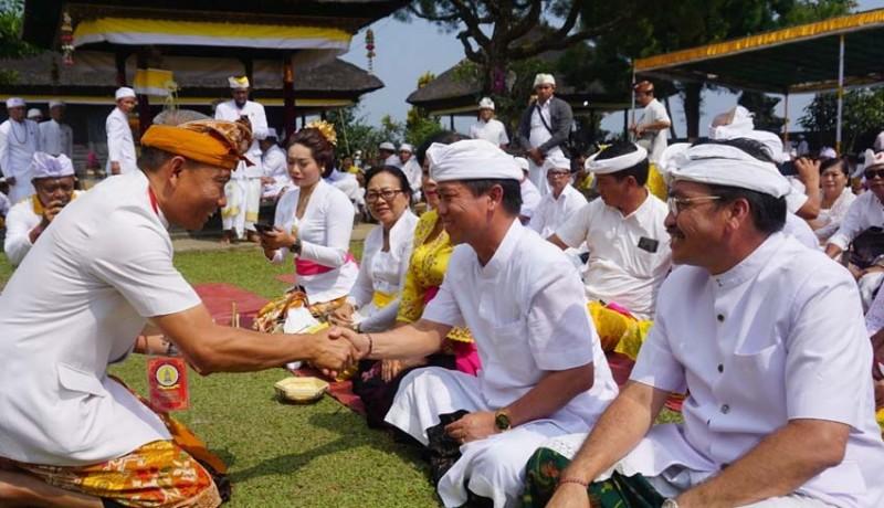 www.nusabali.com-pemkab-klungkung-muspayang-pujawali-di-pura-gunung-salak