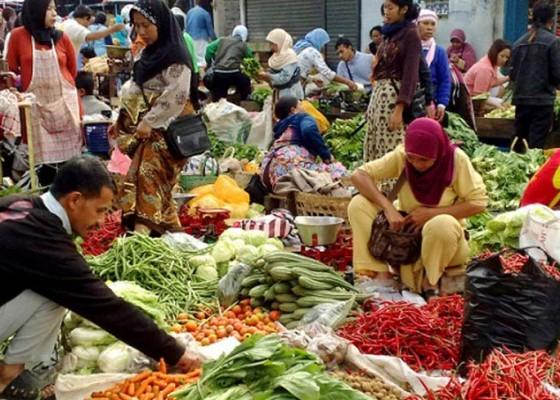 Nusabali.com - revitalisasi-pasar-desa-sweca-pura-telan-dana-rp-800-juta