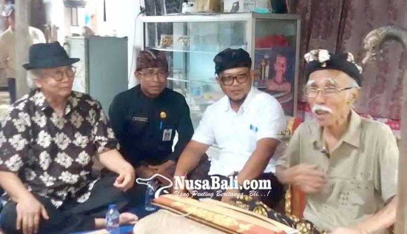 www.nusabali.com-penulis-lontar-berpeluang-meraih-anugerah-kebudayaan-nasional