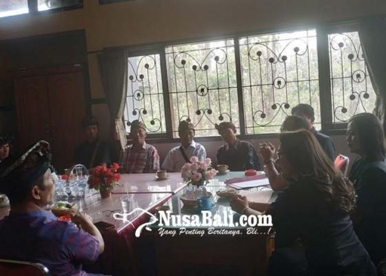 Nusabali.com - saling-klaim-tapal-batas-warga-mengadu-ke-dewan