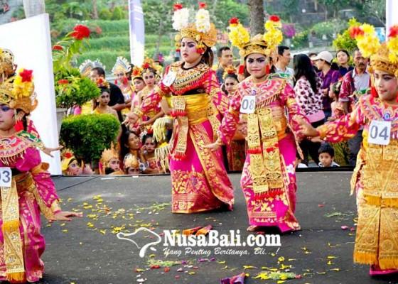 Nusabali.com - ratusan-penari-cilik-naik-kelas