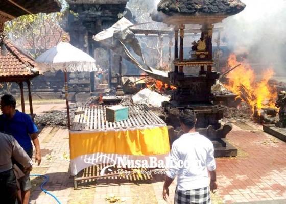 Nusabali.com - pura-pucak-sari-terbakar-5-palinggih-hangus