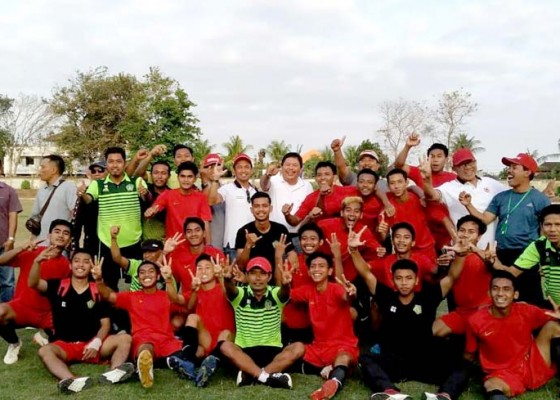 Nusabali.com - raih-perunggu-porprov-bupati-artha-apresiasi-tim-sepakbola-jembrana
