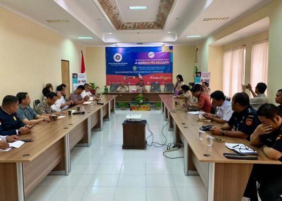 Nusabali.com - karantina-pertanian-waspadai-ancaman-flu-babi
