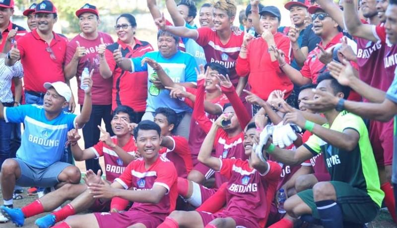 www.nusabali.com-emas-sepakbola-lengkapi-gelar-juara-umum-badung