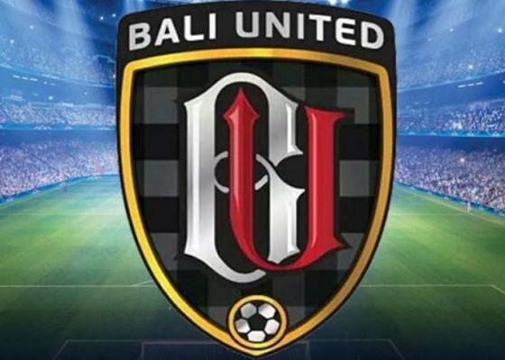 Nusabali.com - bali-united-u-18-atasi-persebaya