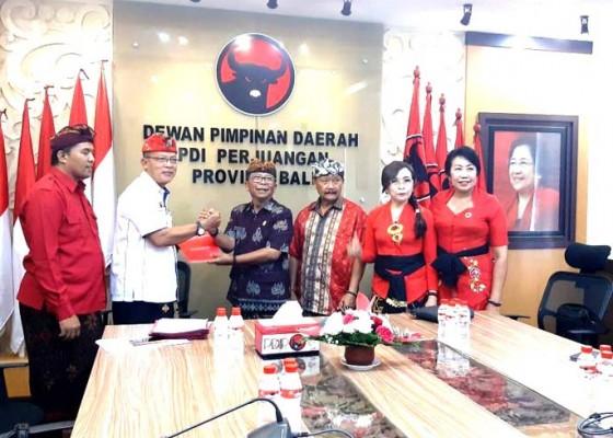 Nusabali.com - pdip-jembrana-setorkan-3-nama-kader