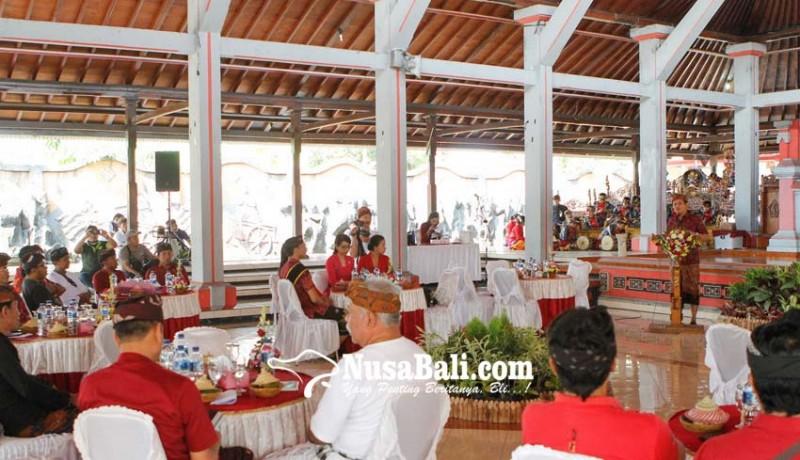 www.nusabali.com-pemkab-jembrana-diskusikan-rencana-gelar-festival-jegog