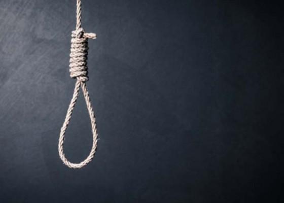 Nusabali.com - balawista-gagalkan-percobaan-bunuh-diri-di-pantai-lebih
