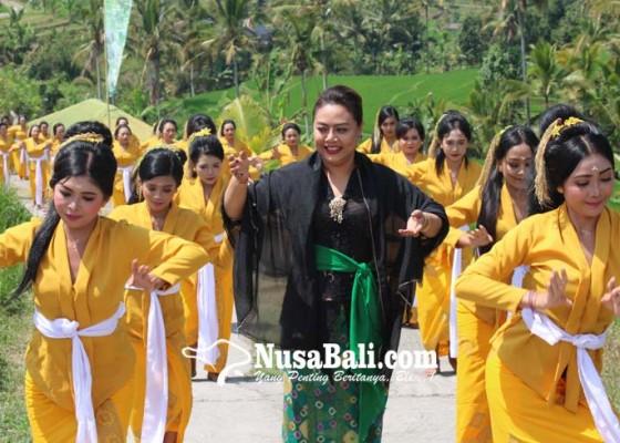 Nusabali.com - atraksi-rejang-kesari-400-penari-meriahkan-festival-jatiluwih-iii-2019