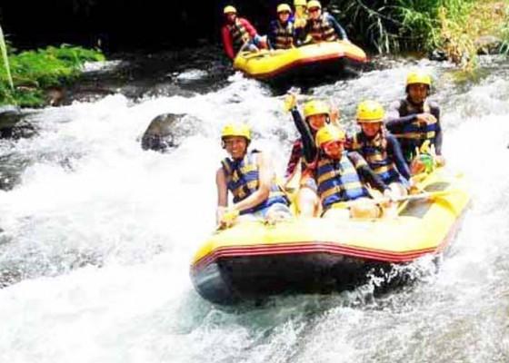 Nusabali.com - retribusi-naik-pengusaha-rafting-bangkrut