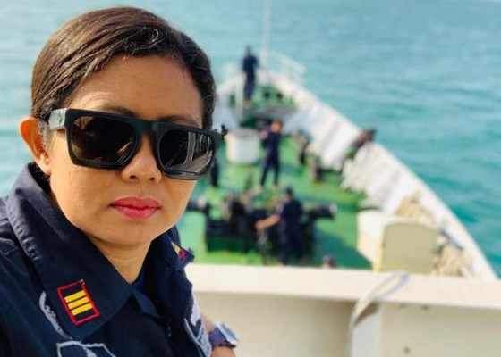 Nusabali.com - karier-dari-bawah-sempat-5-tahun-kerja-di-kapal-ferry-singapura