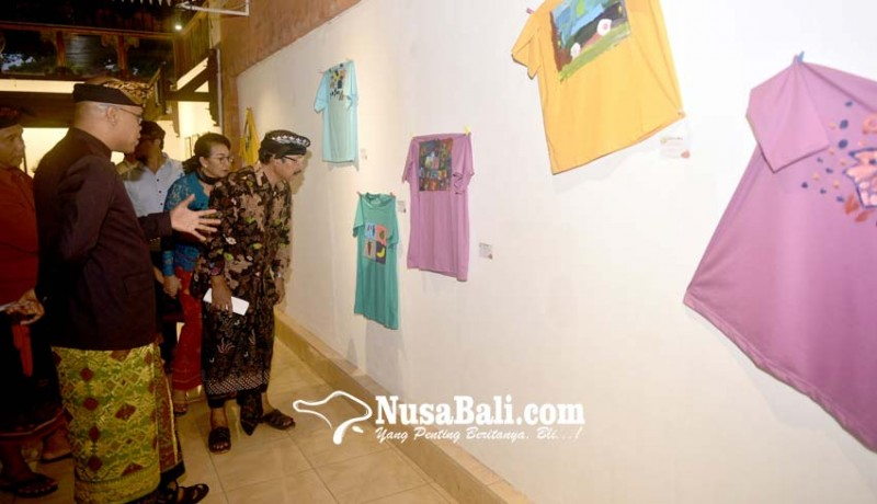 www.nusabali.com-karya-anak-autis-patut-diapresiasi