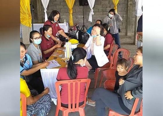 Nusabali.com - santap-nasi-bungkus-64-orang-diduga-keracunan