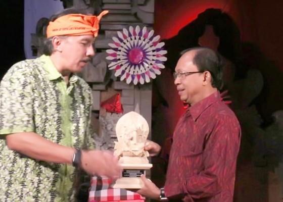 Nusabali.com - ia-itb-bedah-pemikiran-gubernur-koster
