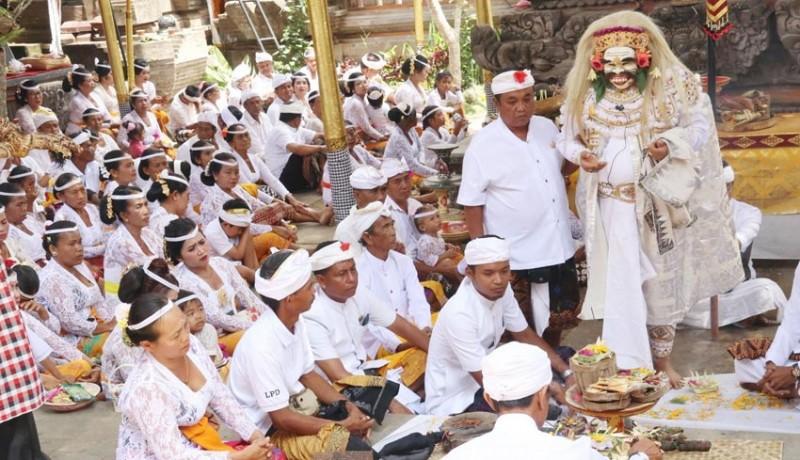 www.nusabali.com-antara-ngayah-dan-lestarikan-tradisi