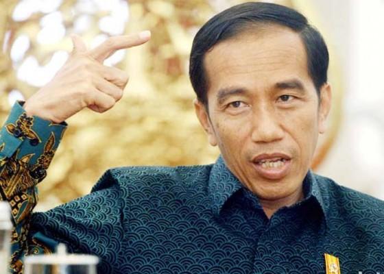 Nusabali.com - gelar-putra-reformasi-untuk-jokowi-diprotes