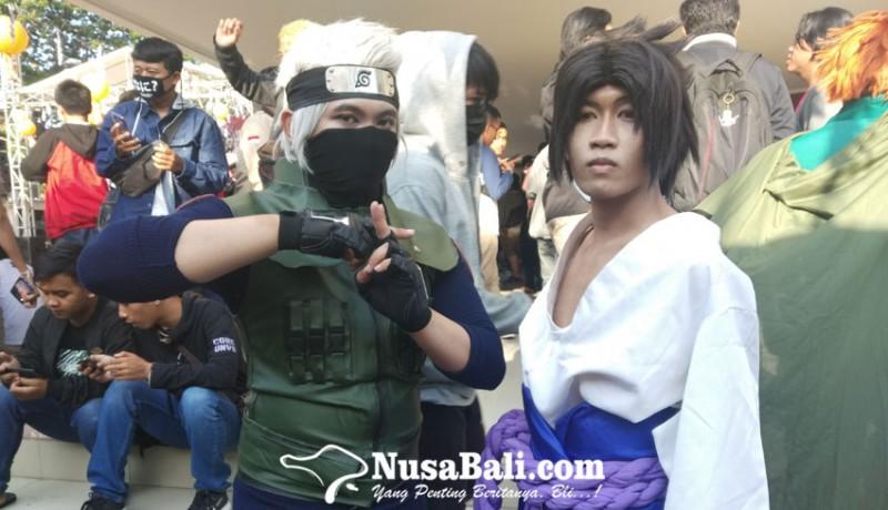 www.nusabali.com-serunya-aksi-cosplayer-di-jfest-stikom-bali