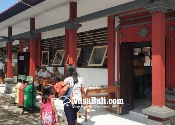 Nusabali.com - 17-sekolah-jadi-tps-pilkel-murid-dipulangkan-awal