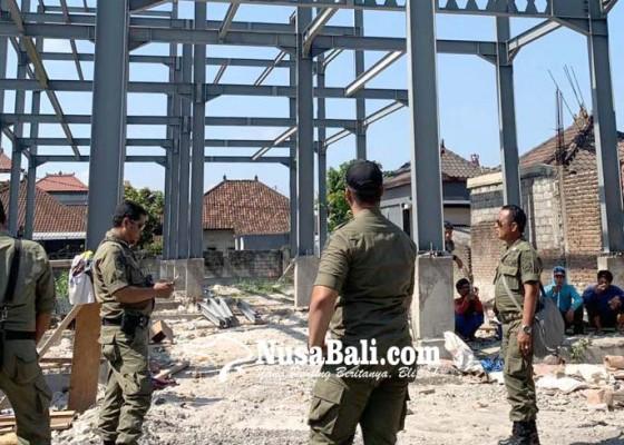 Nusabali.com - warga-pemogan-tolak-pembangunan-gudang-mikol