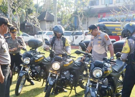 Nusabali.com - 6-motor-baru-dibagikan-untuk-bhabinkamtibmas