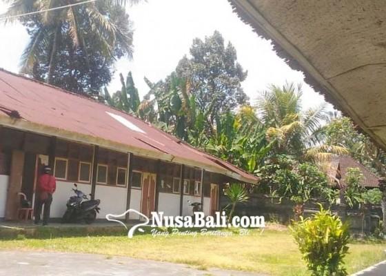 Nusabali.com - upt-disdikpora-tembuku-tempati-bangunan-rusak