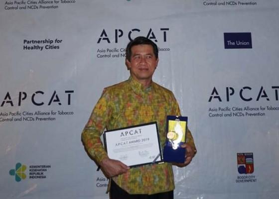Nusabali.com - bupati-suwirta-didaulat-jadi-ketua-aliansi-bupatiwalikota-peduli-ktr-se-indonesia