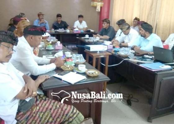 Nusabali.com - pd-pasar-diminta-moratorium-pegawai