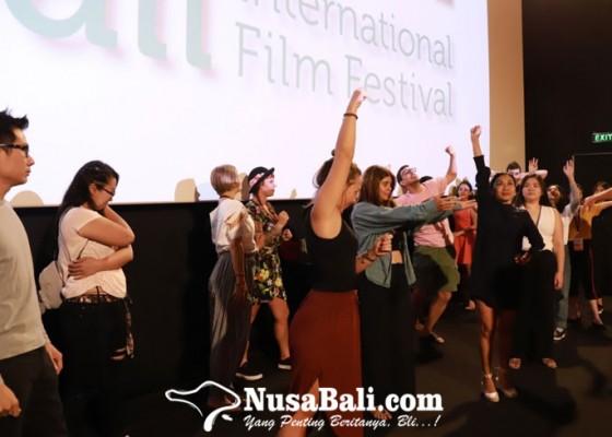 Nusabali.com - belajar-akting-di-acting-workshop-balinale-2019