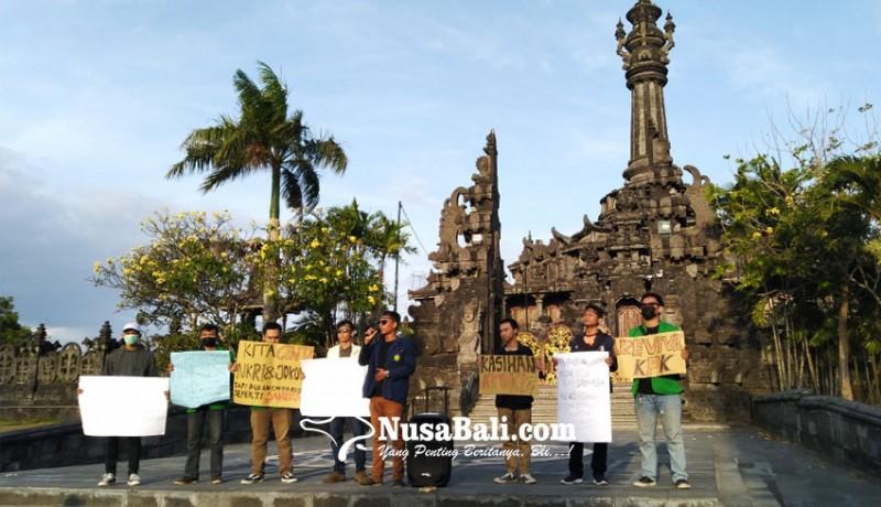 www.nusabali.com-forum-mahasiswa-bali-doakan-korban-demonstrasi-di-kendari