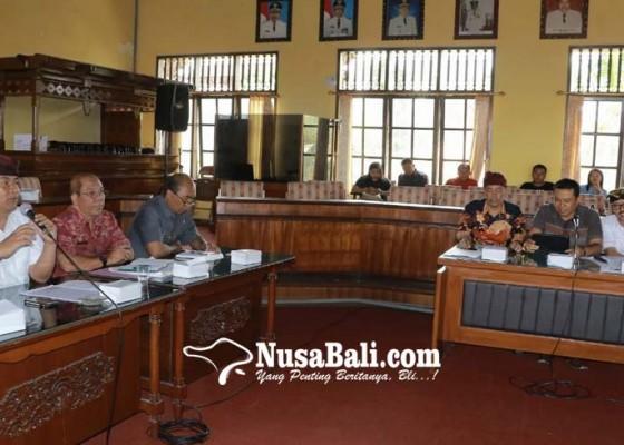 Nusabali.com - bupati-bangli-ancam-buang-sampah-ke-sungai