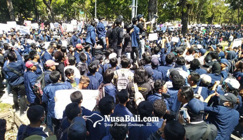 www.nusabali.com-demonstrasi-hak-tapi-tetap-berkarakter-bangsa