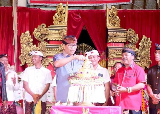 Nusabali.com - wakil-bupati-suiasa-hadiri-hut-ke-40-st-giri-mekar-banjar-lawak-belok-sidan