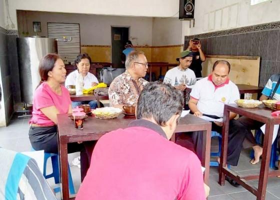 Nusabali.com - tim-pengabdi-unud-dampingi-kelompok-tani-kembangkan-produk-manggis