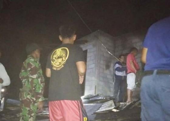 Nusabali.com - api-dupa-hanguskan-satu-rumah-di-sidetapa