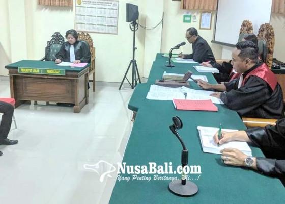 Nusabali.com - oknum-pns-narkoba-sidang-perdana