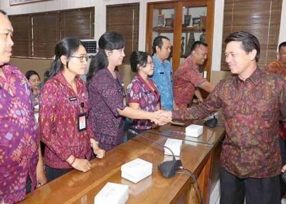 Nusabali.com - tim-inspektorat-provinsi-bali-periksa-klungkung