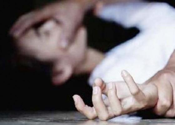 Nusabali.com - dicekoki-miras-gadis-diperkosa-6-orang