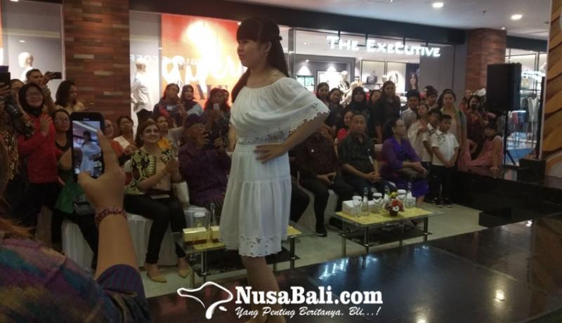 www.nusabali.com-salut-siswa-autis-ikuti-fashion-show