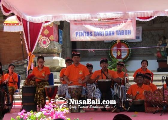 Nusabali.com - festival-kesenian-bali-pentas-penyandang-disabilitas
